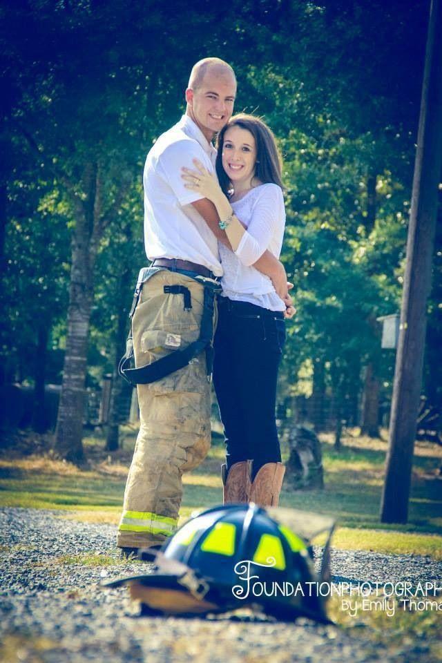 Firefighter's girlfriend. #couplesphotography #fireman #ffgf