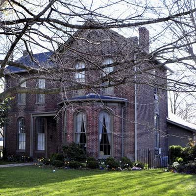 70 best victorian houses brick 2 images on pinterest for Southern illinois home builders