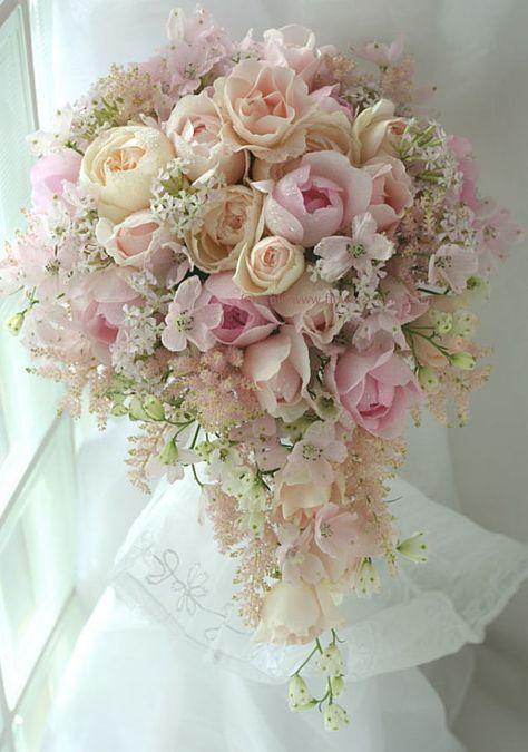 セミキャスケード~さくら色のブーケ : 一会 ウエディングの花