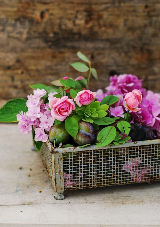 love the use of vintage here flowers pinterest beautiful flower centerpieces for weddings Boy Flower Centerpieces