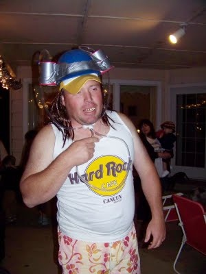 http://kara-mae.blogspot.com/2009/10/redneck-party-picssorry-its-lot.html