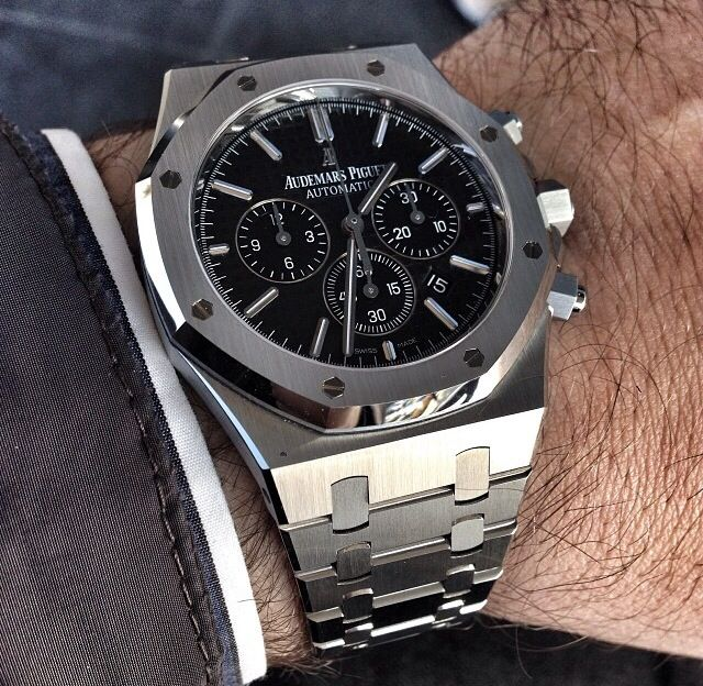 Audemars Piguet Royal Oak Chronograph                                                                                                                                                                                 Más