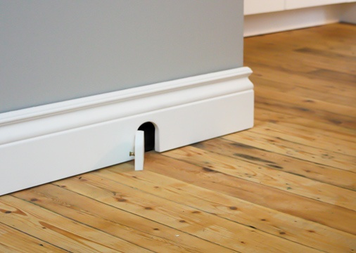 Mouse door idea (they must really open) & 21 best mouse and fairy doors images on Pinterest | Fairies garden ... pezcame.com