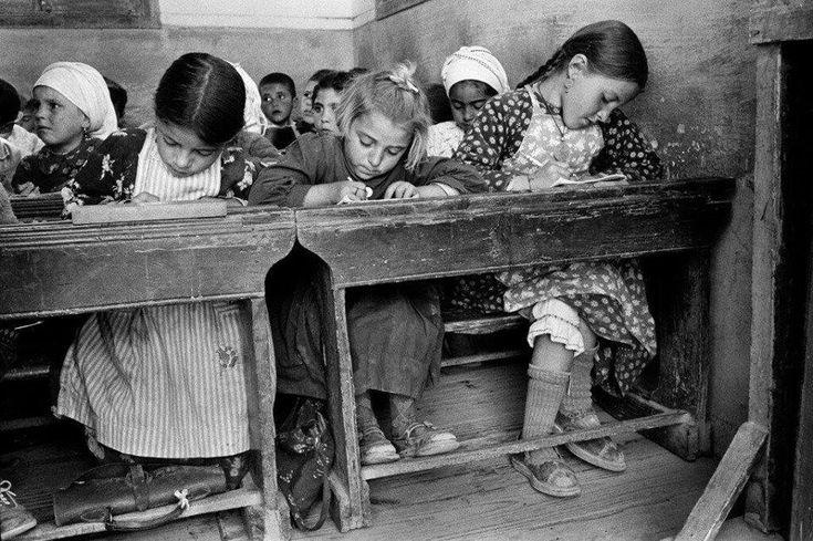 Sui banchi di scuola