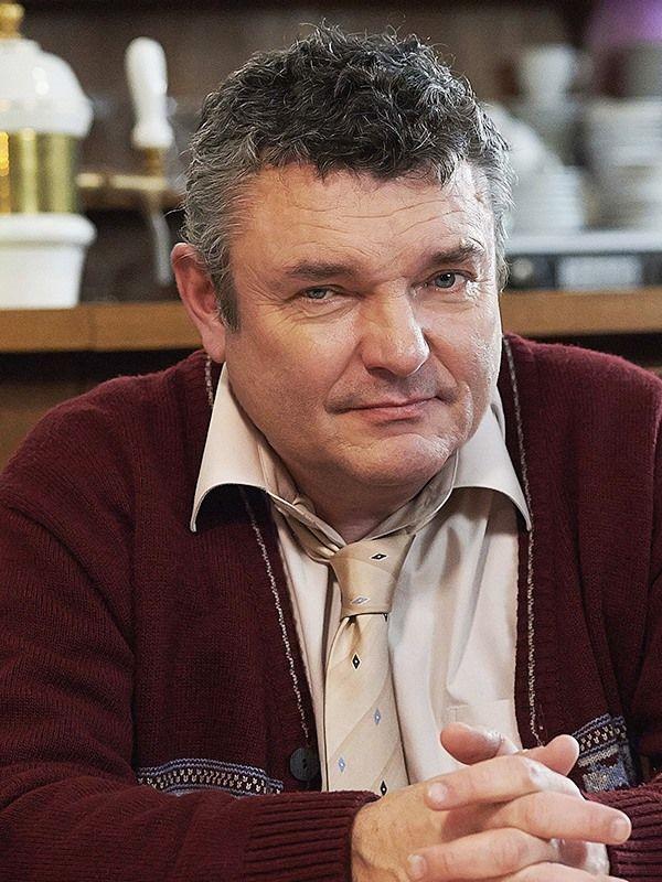 Miloš Knobloch ( Jiří Štrébl )