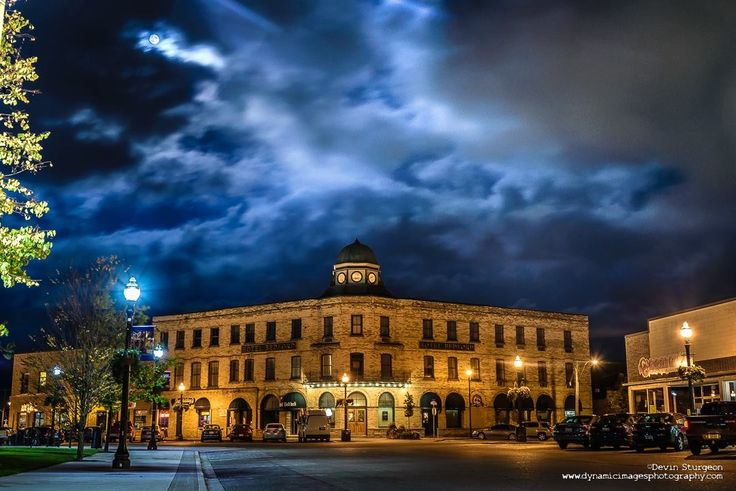 Evening in November downtown Goderich. Photo Courtesy of Devan Sturgeon dynamicphotography.com
