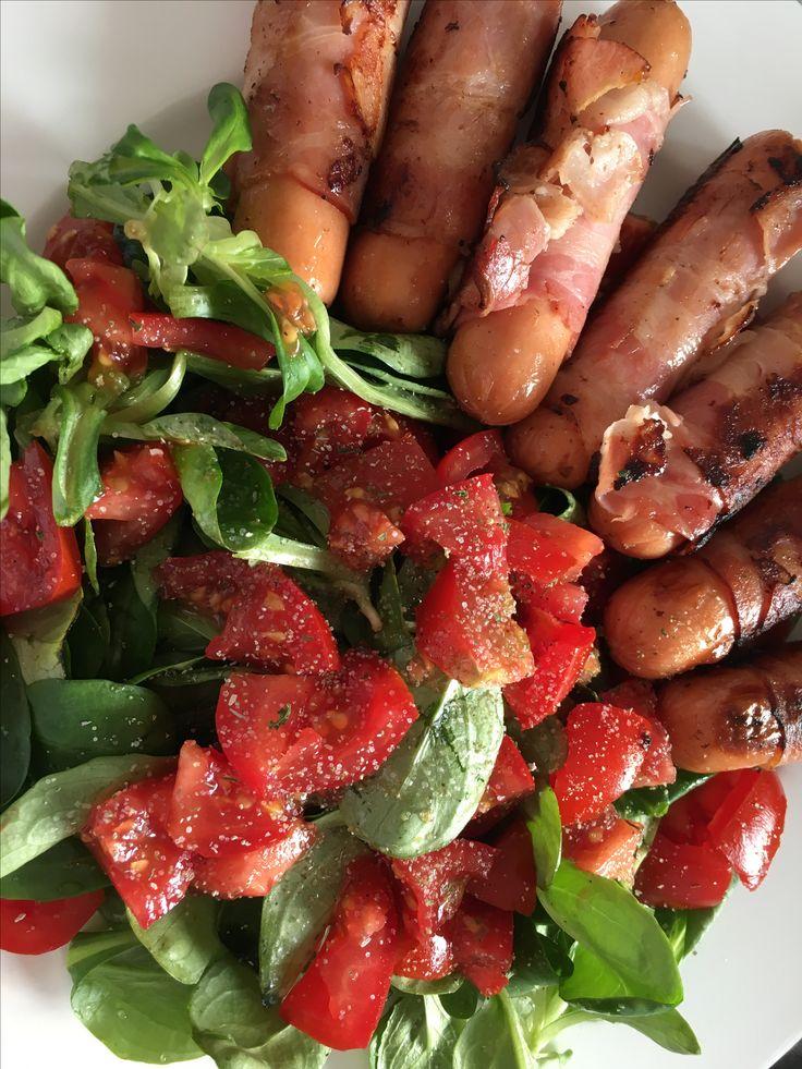 Foodporn, Tomaten, Feldsalat, Berner Würstchen, FM