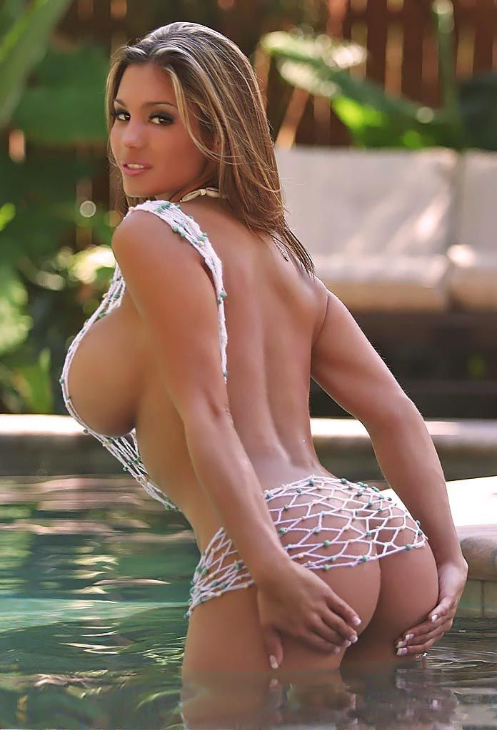 rachel busty atlanta model well educated