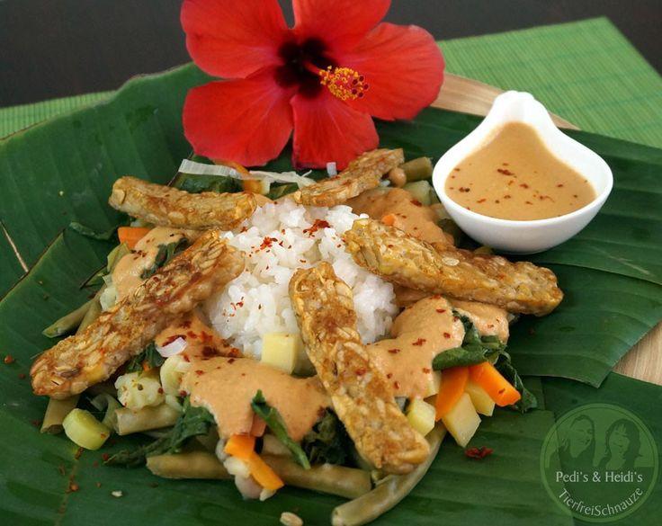 Indonesisch: Gado-Gado – Gemüse mit Erdnusssoße