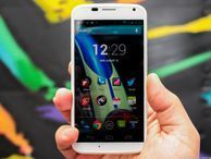 AT&T Moto X sees Android 4.4.2 update Ma Bell's version of the flagship Motorola smartphone scores the latest version of Android.