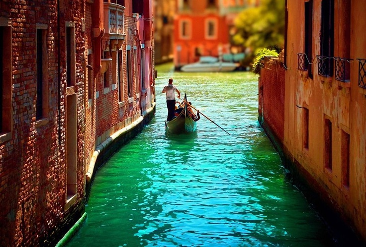 Venice, Italy #CMGlobetrotters: Bucketlist, Buckets Lists, Gondola, Favorite Places, Beautiful, Places I D, Venice Italy, Travel, Photo