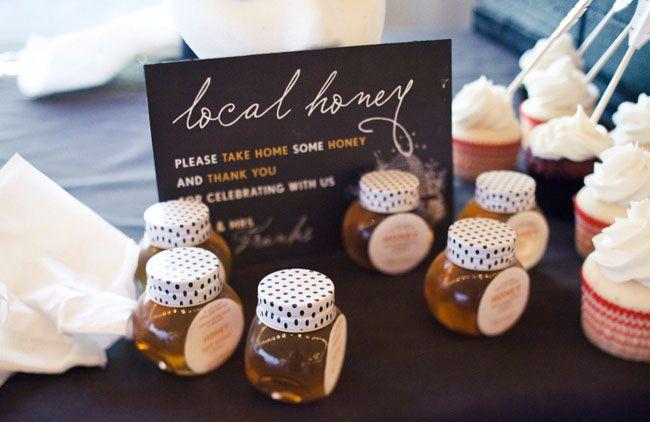Local Wedding Favors: Wedding Favors, Wedding Trends, Green Wedding Shoes, Wedding Ideas, Creative Brides, Wedding Blog, Honey Favor, Green Weddings