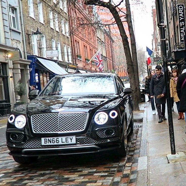 17 Best Ideas About Bentley Suv On Pinterest: Best 25+ Bentley Suv Ideas On Pinterest