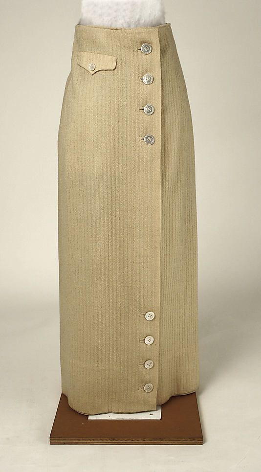 Skirt Date: 1913–14 Culture: American Medium: wool