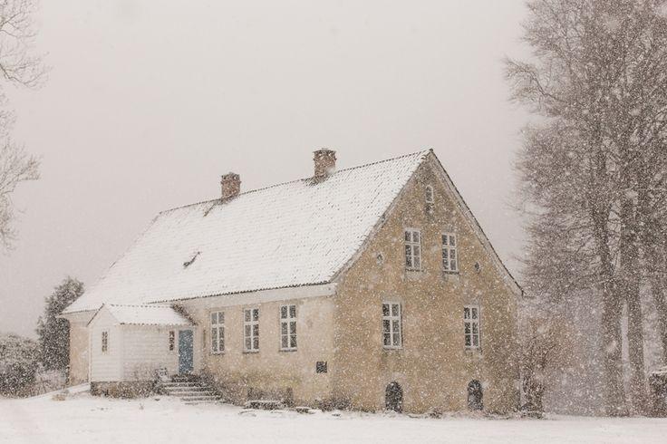 Prosjekt 365 / 4  Love this place. Maby a bit more today in the snow.  #360 #onephotoaday #halsnøykloster #halsnøy #kvinnherad #snow #winterwonderland #christmas #photography #beauty  photo @jorunlarsen