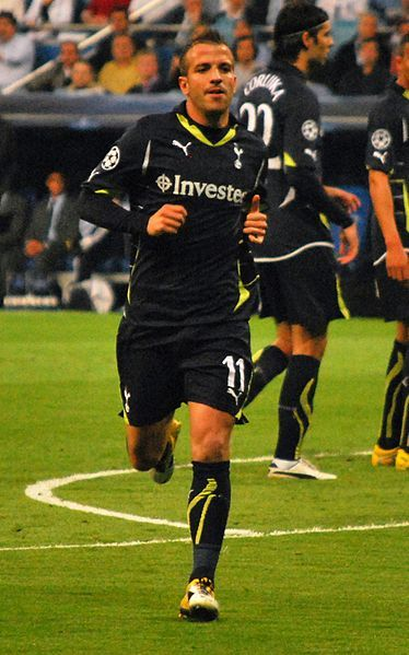 Van Der Vaart to Hamburg Rumors Resurfacing as AVB Attempts to Build Squad (photo credit:  Alejandro Ramos)