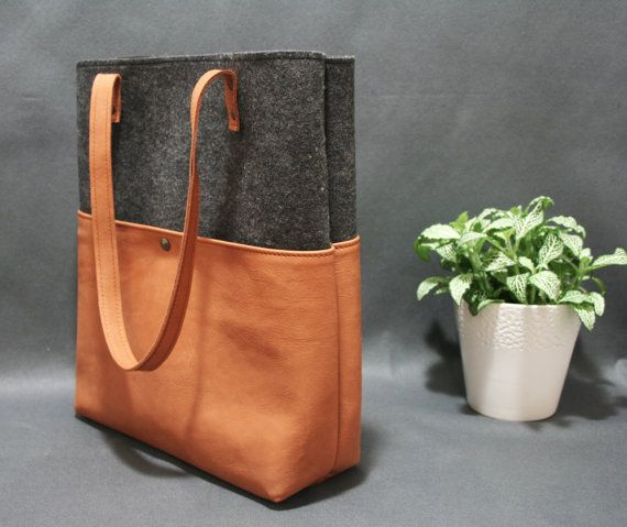 FREE SHIPPING and COINpurse Leather tote bag by AlmaMilano on Etsy