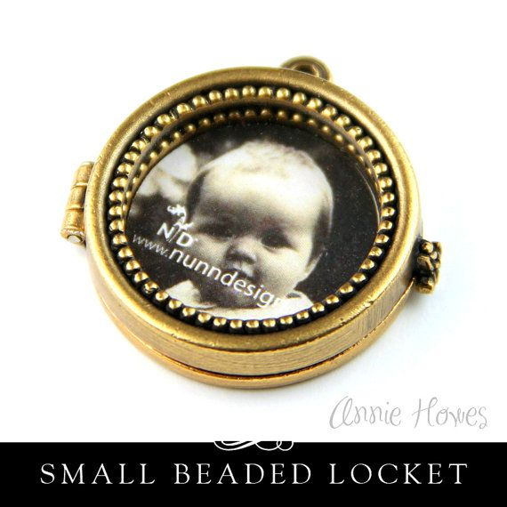 For the Bridal Bouquet. Gorgeous Gold Plated Locket with Window. Circle Shaped Photo Locket with Beaded Trim. Antique Gold Plate Finish.