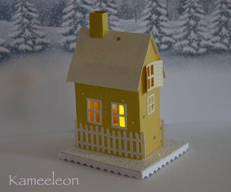 Бумажный домик, подсвечник, рождественский домик , sizzix, таллинн,рождество в таллинне , cristmas, cristmas hous, cristmas decorations, cristmas ideas, cristmas crafts, бонбоньерки, подарки гостям, домик светящийся, handmade http://kameeleon.wixsite.com/kunst https://www.facebook.com/kameeleon1kutsed