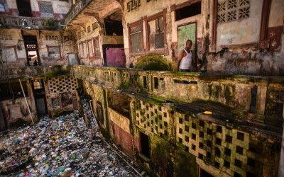 #PANAMAPAPERS – LE SCANDALE DE TROP ?  Alors que les mesures d'austérité sont plébiscitées un peu partout dans le monde, nous avons aujourd'hui la preuve que les mieux lotis ne jouent pas le jeu.