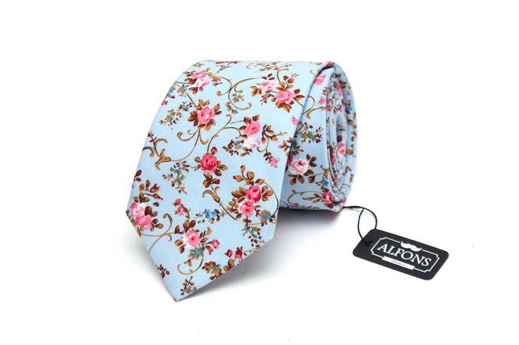 Světle modrá kravata s květinovým motivem Alfons.cz