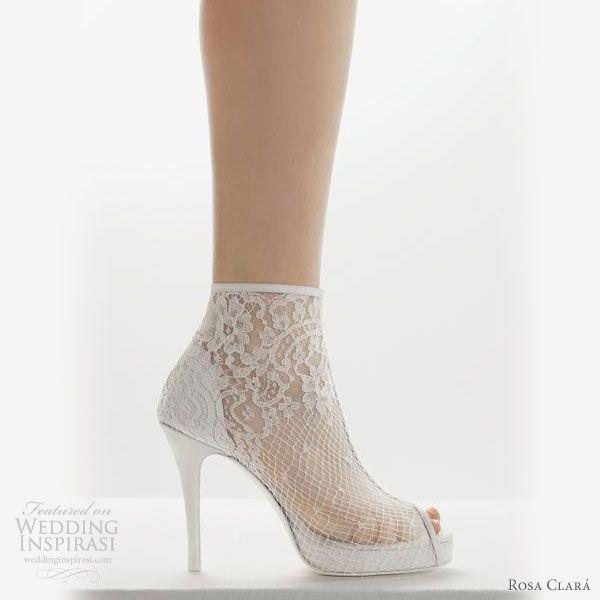 1000  ideas about White Bridal Shoes on Pinterest  White wedding ...