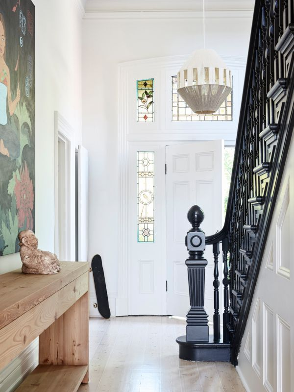Dreamy Victorian Renovation Expertly Combines The Old And New Modern Victorian Homes Victorian House Interiors Modern Victorian Decor
