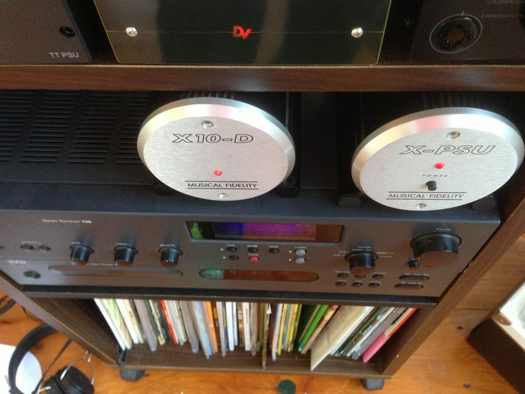 Item 24 - stereo: NAD amp and cd player, Rega p3-24 record player, Musical fidelity missing link and DAC + power supply