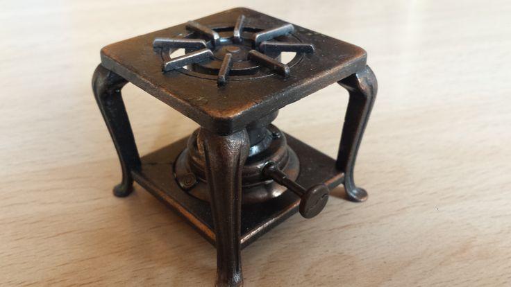 Sacapuntas Hornillo de Playme, Número de referencia 977. Hecho en España en los años 70-80. (Afilalápiz, pencil sharpeners, paraffin stove). Cómpralo en Ebay: http://www.ebay.es/itm/Sacapuntas-hornillo-de-Playme-con-caja-/122058779368?hash=item1c6b452ae8:g:R7wAAOSwOVpXdZdR
