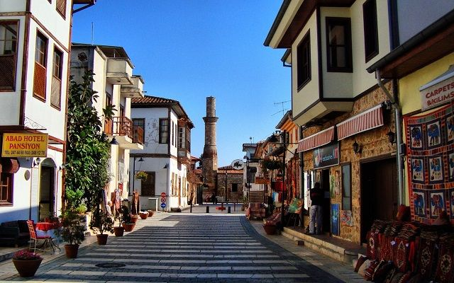 Kesik Minare Antalya Kaleici houses