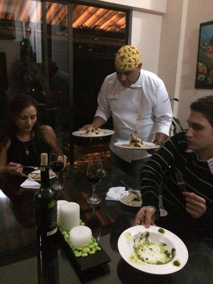Experiencia chef a domicilio, cena romántica. #todoesposible cuando le pones el corazón!