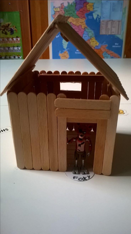 Casa con tetto staccabile