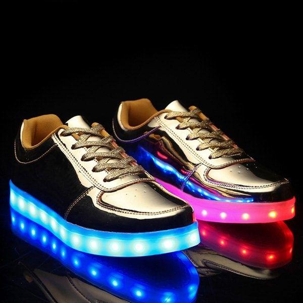 Metal Color Design Casual Shoes For Men