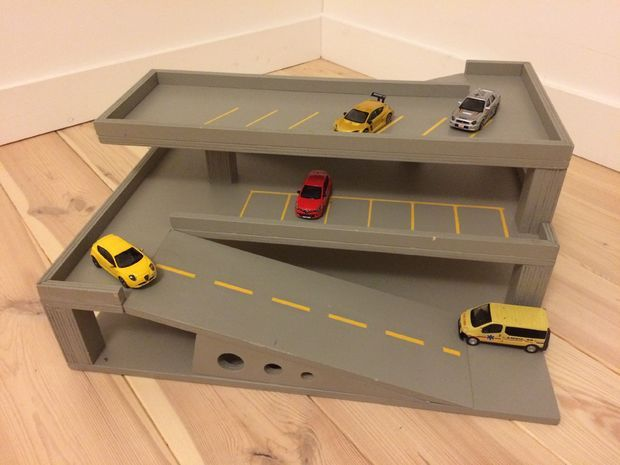 88 best garage giocattolo images – Plan Toys Garage Road System