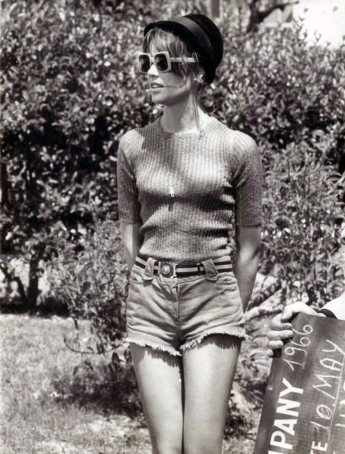 Francoise Hardy, jean shorts, fashion,