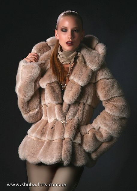 Pretty Mink Fur Coat