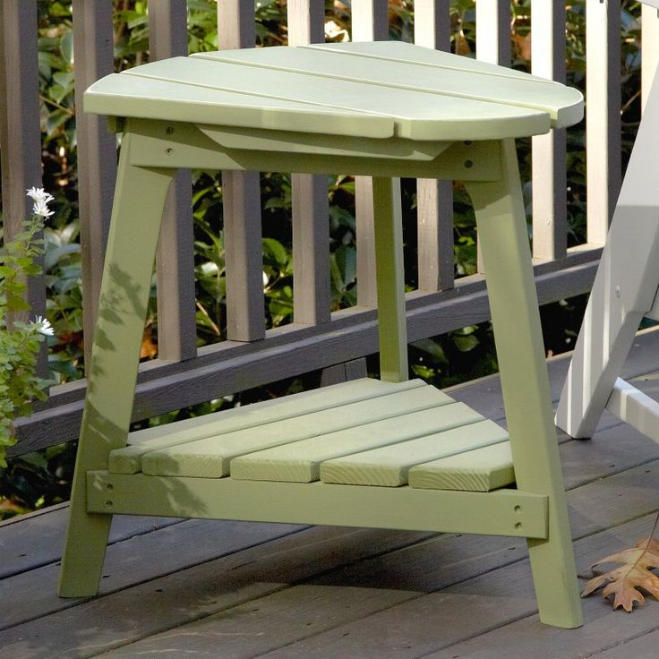 Outdoor Uwharrie Carolina Preserves Triangle Side Table - C040-0
