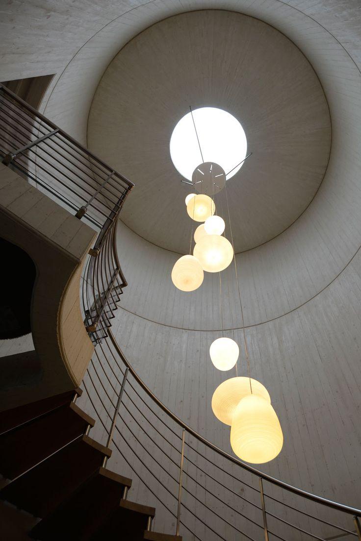 Ogni angolo è studiato secondo la luce e lo spazio degli ambienti..  Guarda tutti i progetti: www.ruggeropulga.it