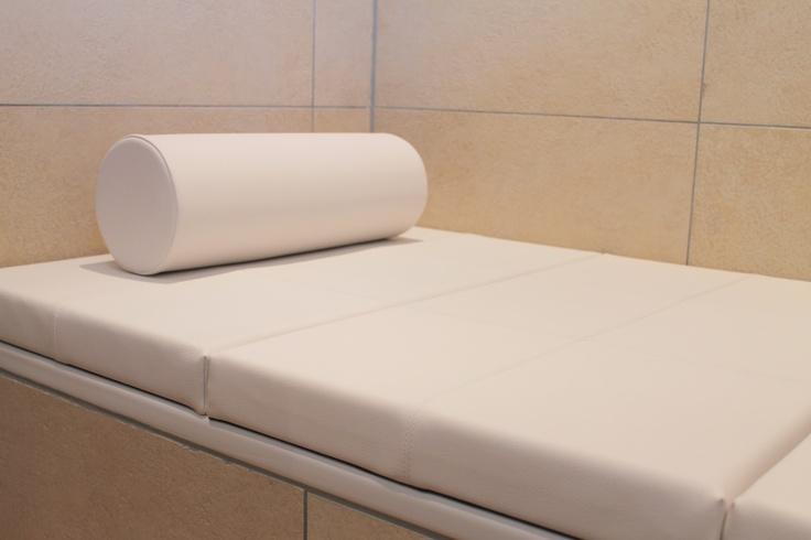 Badewannenauflage passend für Ihre Badewanne.So entsteht eine Liegefläche, Sitzfläche oder große Ablage.