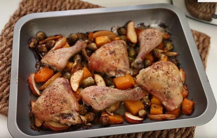 Pollo al forno con zucca, mele e cavolini di Bruxelles