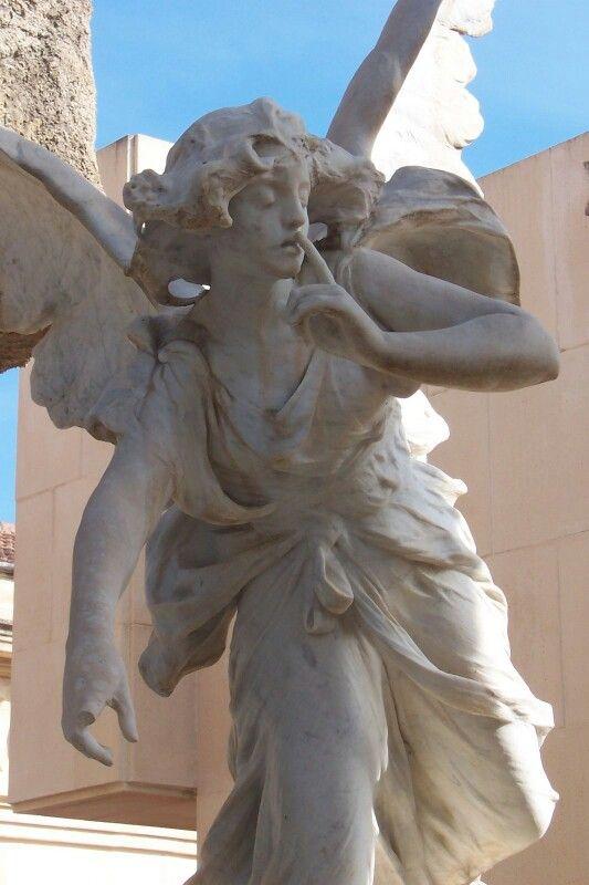 El angel del silencio. Cementerio de Alcoy