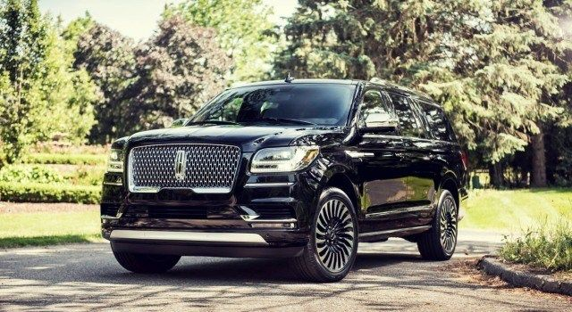 2020 Lincoln Navigator Black Label Changes Colors Hybrid 2018 Lincoln Navigator Lincoln Navigator Lincoln Cars