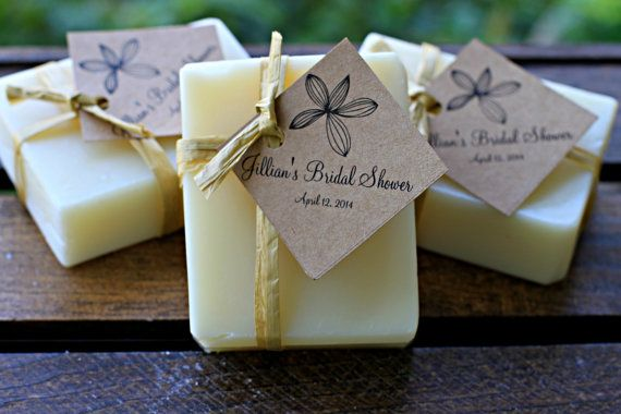 Handmade soap with 100% essential oil as wedding or bridal shower favors or as presents.