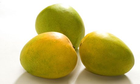 Do you know Alphonso mango? During its brief season the Alphonso mango becomes something of a national obsession in India.: Food Newseduc, Food Stuff, Alphonso Mango, Exotic Plants Food, Fresh Produce, Alfonso Mango, Food News Education, Enthusiasm Maps, Fruity Food