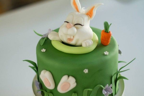 Tutorial: Oster-Torte mit Fondant Hase - Handmade Kultur
