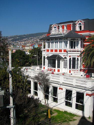 Hotel Palacio Astoreca Valparaíso, Chile Unico tour temático de Chile - City tour and untypical trips Contactanos / contact us: info@minitrole.cl - +56 9 61531044 / +56 9 66293672 fanpage: https://www.facebook.com/MiniTrole.Turismo twitter:@MiniTrole_tours