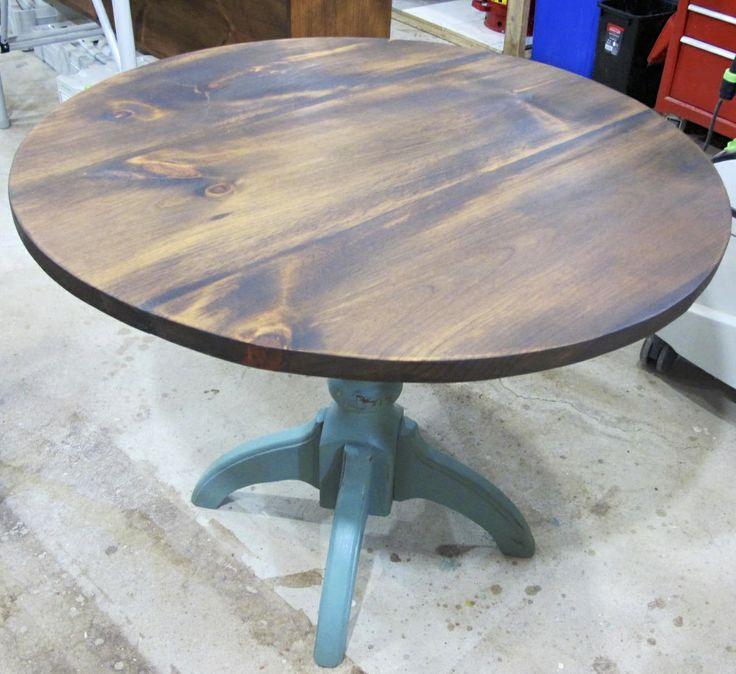 Table ronde 33 en bois de grange fabriqu e par la boite - Table ronde en pin ...
