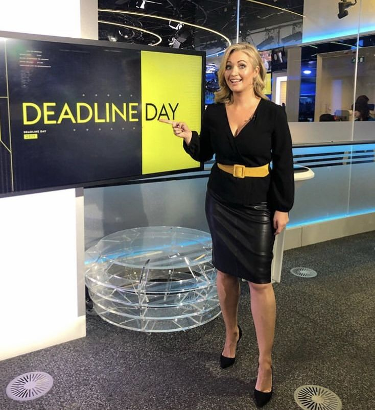 Pin By J W On Leather Hayley Mcqueen Pencil Skirt Outfits Leather Skirt