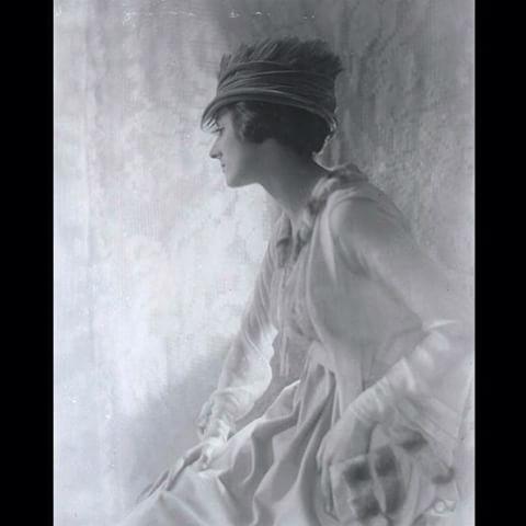 """Фотограф барон де Мейер. Сесил Битон он нем пишет """"Он был едва ли не первым в…"""
