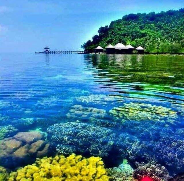 30 Pemandangan Indah Di Indonesia Dan Penjelasannya Destinasi Terbaik Di Indonesia Download 20 Tempat Wisata Di Jawa Tengah I Di 2020 Pemandangan Pantai Indonesia